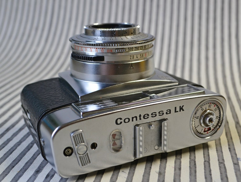 Vintage Zeiss Ikon Contessa LK 35mm Camera - f2 8 50mm Tessar - Pronto LK  1/15 - 1/500