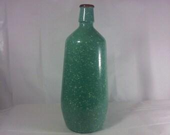 FREE SHIPPING bottle speckled  (Vault 10)
