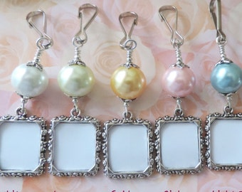 Wedding bouquet photo charm. Pink, blue, ivory, gold or white pearl photo charm. Handmade wedding keepsake. Gift for the bride. Sister gift