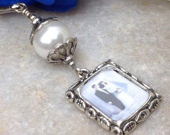 Wedding bouquet photo charm with white shell pearl. Memorial photo charm. Bridal shower gift. Photo charm for a brides bouquet.