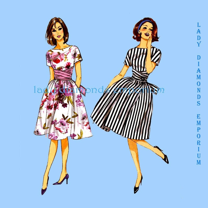 Butterick-5930-M Butterick Ladies Easy Sewing Pattern 5930 Dresses with Collar