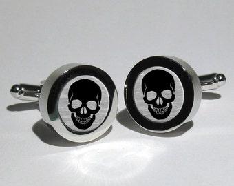 Skull Cufflinks,Pirate cufflinks,Rock n Roll cufflinks,Biker cufflinks,Steampunk cufflinks,Gothic Cufflinks,Grooms Gift,Gift for men