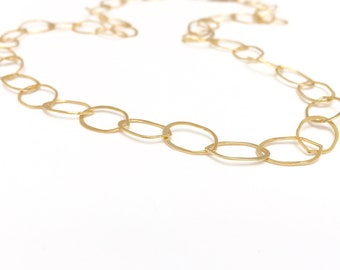18 inch Petal Chain Necklace of Gold Hammered Large Links / gold fill, oval links, delicate, mid length, simple