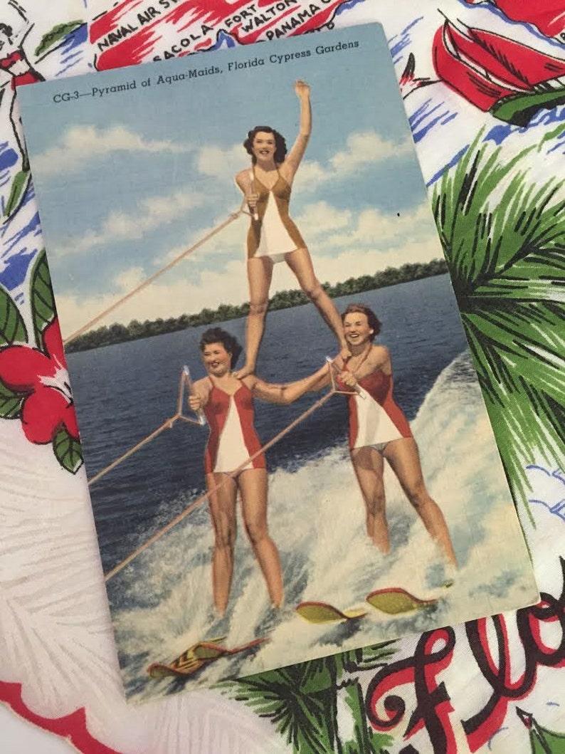 Unused Postcard Pyramid of the Aqua Skiers at Florida