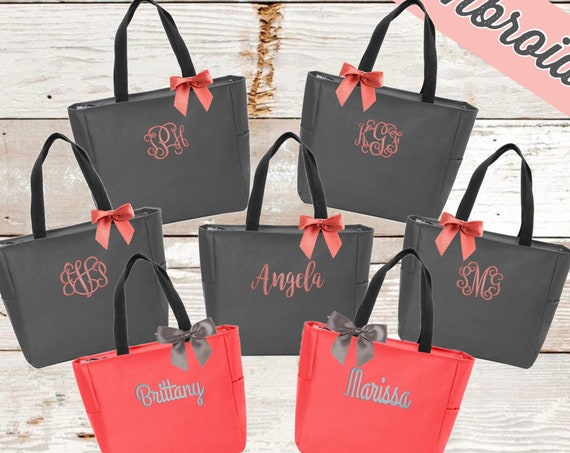 Tote Bags Personalized, Bridesmaid tote bag , bridesmaid gifts , beach bag , bachelorette party gift , wedding tote bags, monogrammed tote