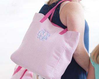pink seersucker tote  , girls tote bag, embroidered tote bag,  monogrammed bag,  bridsmaid tote bags , seersucker tote bag