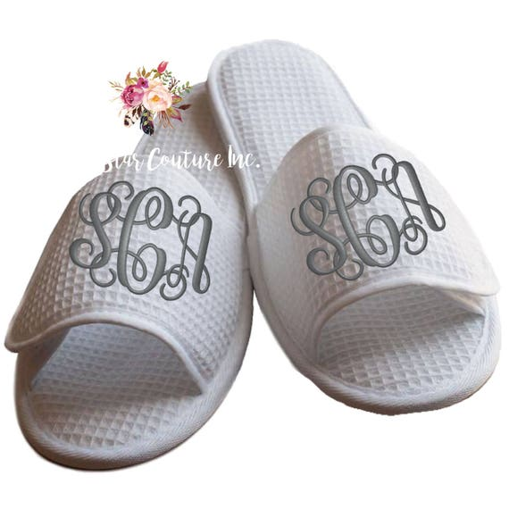 bridal party slippers, bridesmaid slippers , bridesmaid gifts , waffle weave slippers , mother of the bride gifts , Spa Slippers