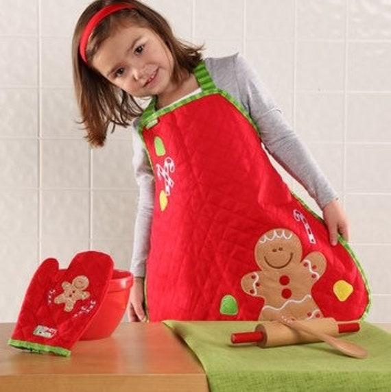 Christmas  kids apron  , girls personalized apron , girls christmas baking set , kid apron, stephen joseph christmas apron , toddler apron