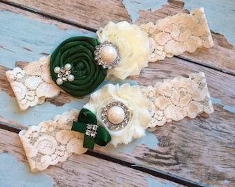 Wedding garter / FOREST green  / bridal  garter/  lace garter / toss garter /  garter / vintage inspired lace garter/ U PICK Color