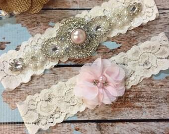 Blush pink Wedding garter / Lace garter SET / bridal  garter / vintage lace garter / toss garter / wedding garter/