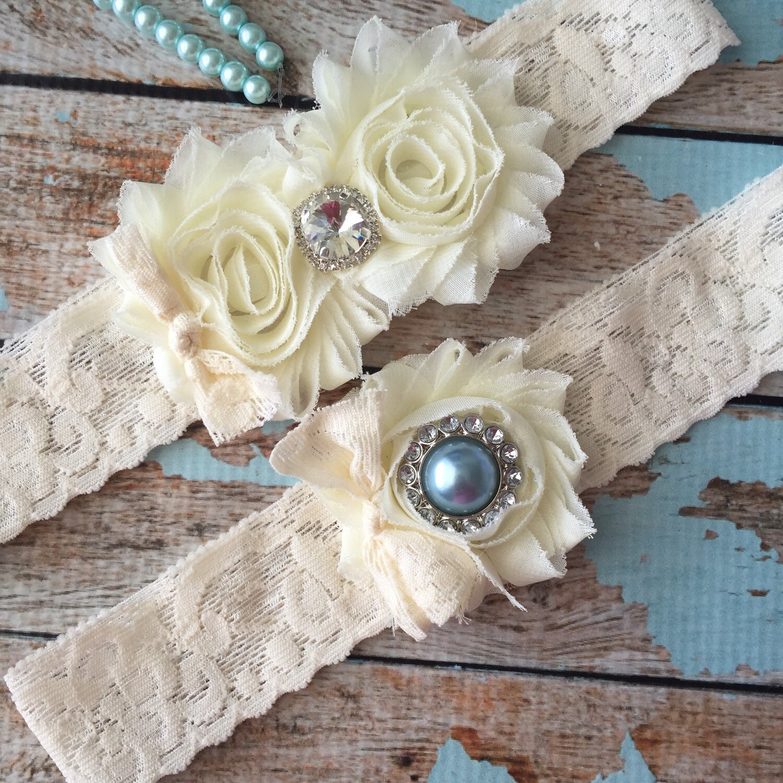 1ded29195 Ivory wedding garter set   garter  lace garter   toss garter included ...
