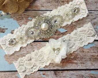 Ivory Wedding garter / Lace garter SET / bridal  garter / vintage lace garter / toss garter / wedding garter/