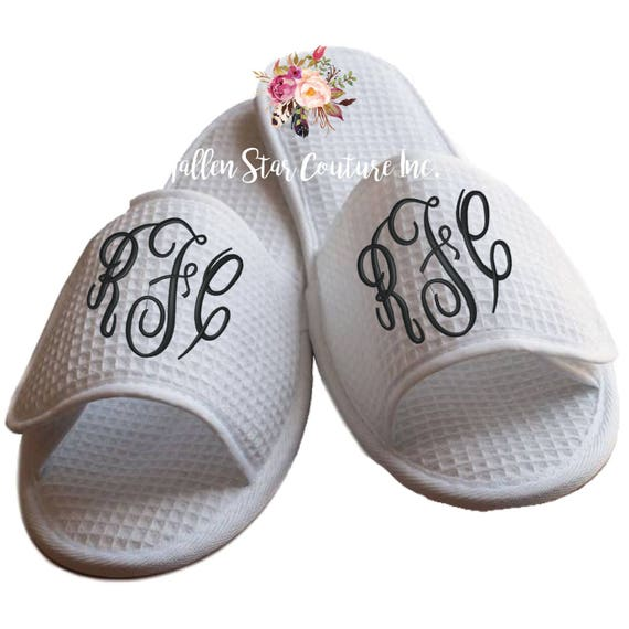 NEW MOM slippers , bridal party slippers, bridesmaid slippers , bridesmaid gifts , waffle slippers , spa slippers