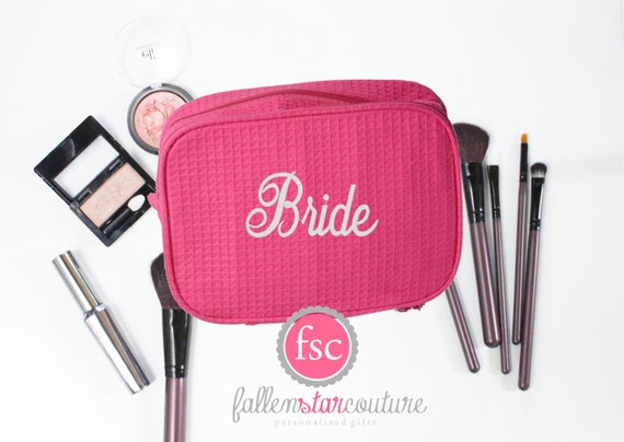 Hot pink makeup bag , bridesmaid make-up bags, monogrammed bag, wedding bag , bridesmaid gifts , personalized bridesmaid gifts