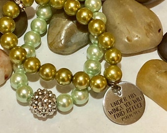 Green pearls and Crystal Stretch Bracelets