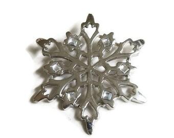 Baby Blue Rhinestones Snowflake Brooch Vintage Silver Tone Openwork