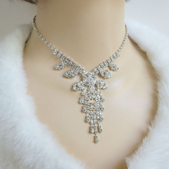 Vintage elegant goldtone rhinestone Waterfall Collier Necklace 60 cm long 35 Grams in excellent vintage condition