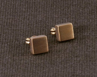 Gold Cube Stud Earrings ERS18
