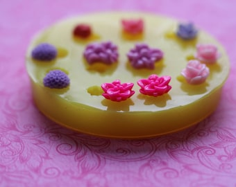 Tiny Flower Mold Mum Lilly Rose Leaf Fondant Mold Chocolate Resin Cabochon Molds Jewelry Polymer Clay Baking Resin Mold