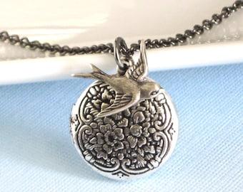 Small Silver Bird Locket Necklace, Bird Jewelry, Nature Jewelry, Keepsake Jewelry, Silver Locket, Girl Locket, Birthday Gift, Graduation