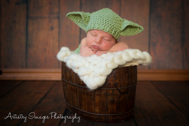 2aef36c43ad Baby Yoda Hat   Diaper Cover Set Star Wars Newborn 3m 6m