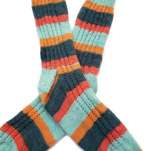 Multi-Colored Blue and Red Mens Hand Knit Socks Casual Socks Size 9.5-10