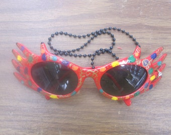 Magic Hands Decorated Hand Painted Fantasy Red Hand Sunglasses Rare Vintage  Colorful Strange Bizarre Far Out