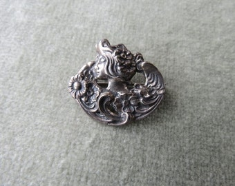Vintage Small Silver Art Nouveau Brooch / Woman's Face