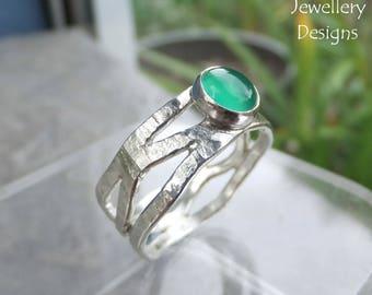 Green Agate Bark Textured Fine Silver Wavy Ring - Handmade Gemstone Metalwork Wirework - UK size M / US size 6.25