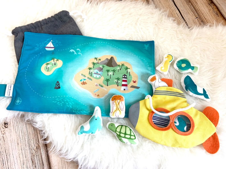 Sea submarine Play Mat Quiet Toy Toddler Imaginative Play Baby Travel Toy Ready to Ship Kids Ocean Pretend Play Set Ocean Plush Animals