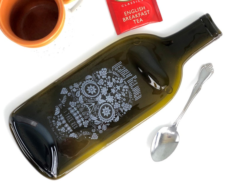 Dearly Beloved I Thee Red Wine Melted Bottle Cheese Tray image 0