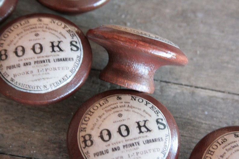 Vintage Knobs The Books Door Pull in Brown image 0