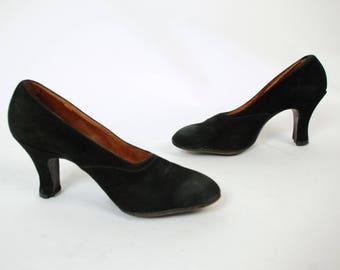 1930s Vintage Shoes  - Elegant Early 30s Black Suede Velvet High Heeled Shoes Size 7