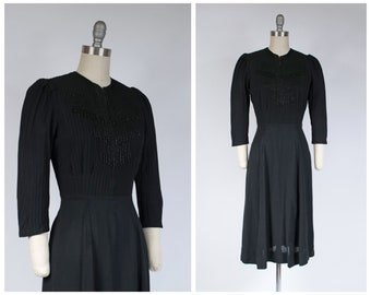 1940s Dress -  Killer vintage Late 30s/Early 40s Beaded Dress with Bell Zipper Bodice.