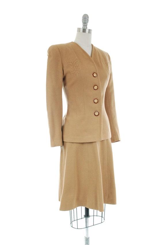 1940s Vintage Suit - Rich Caramel Brown 40s Soft … - image 7