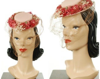 Vintage 1940s Hat - Exceptionally Tiny 40s Fascinator Sized New York Creation Tilt Hat in Pink with Posie Flowers and Fine Veil
