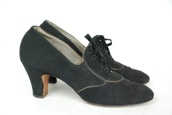 Vintage 1930s Shoes -Early 30s Black Canvas Oxford