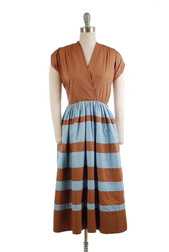 Vintage 1940s Dress - Smart Late 40s Cotton Day Dr