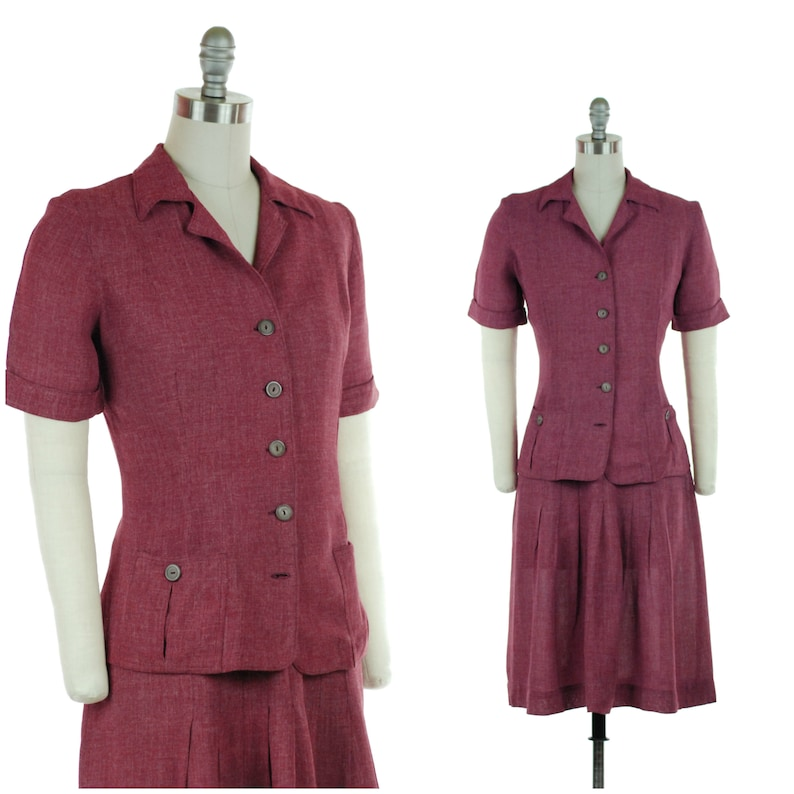 1940s Set  Sporty Vintage 40s Two Piece Skirt and Top Set in image 0
