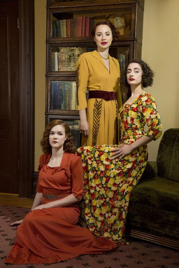 Vintage 1940s Dress - 40s Rayon Jersey Floral Pri… - image 3
