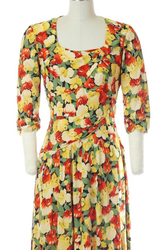 Vintage 1940s Dress - 40s Rayon Jersey Floral Pri… - image 2