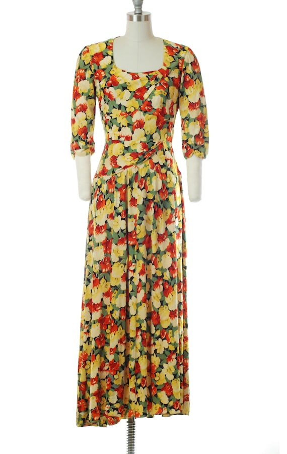 Vintage 1940s Dress - 40s Rayon Jersey Floral Prin