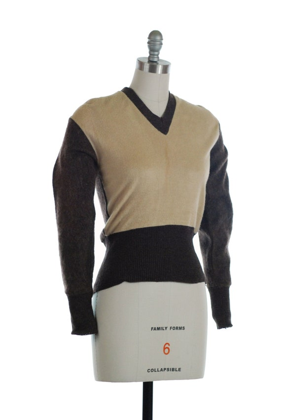 Vintage 1940s Sweater - Smart 40s Two Tone Colorbl