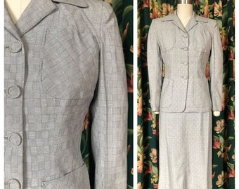 1940s Suit - Gorgeous Vintage 40s Summer Suit in Striking Basketweave Textile with Strong Shoulders