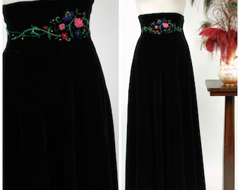 Vintage 1940s Skirt - Rare 40s Wide Waist Velveteen Skirt in Jet Black with Floral Embroidered and Studded Waistband