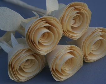 Wood roses, 5 wooden roses gift for her, 5th anniversary gift, grandma gift, Wedding decor,  bridesmaid gift