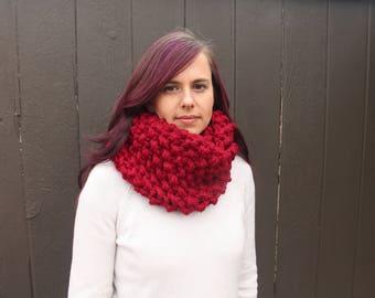 Chunky knit bobbly cowl