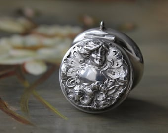 Sterling Art Nouveau Snuff Box, Antique Silver Fairy, Antique Silver Repousse Snuff Box, Art Nouveau Maiden Pill Box, W