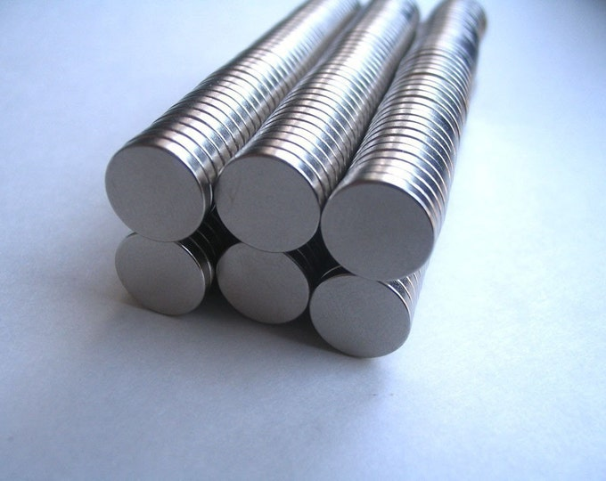 100 Neodymium Rare Earth Magnets...Size 3/8 x 1/16..Great for Bottle Caps and Glass Tiles