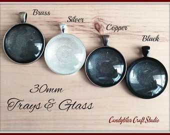 20pk... Circle Pendant Trays...with Glass Inserts ....Size 30mm...Mix and Match
